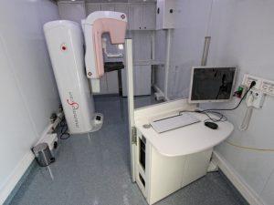 Véhicule de Mammographie Mobile