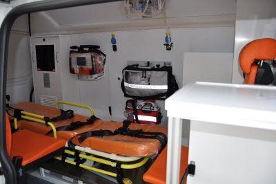 سيارة إسعاف فولكس فاجن الناقلة